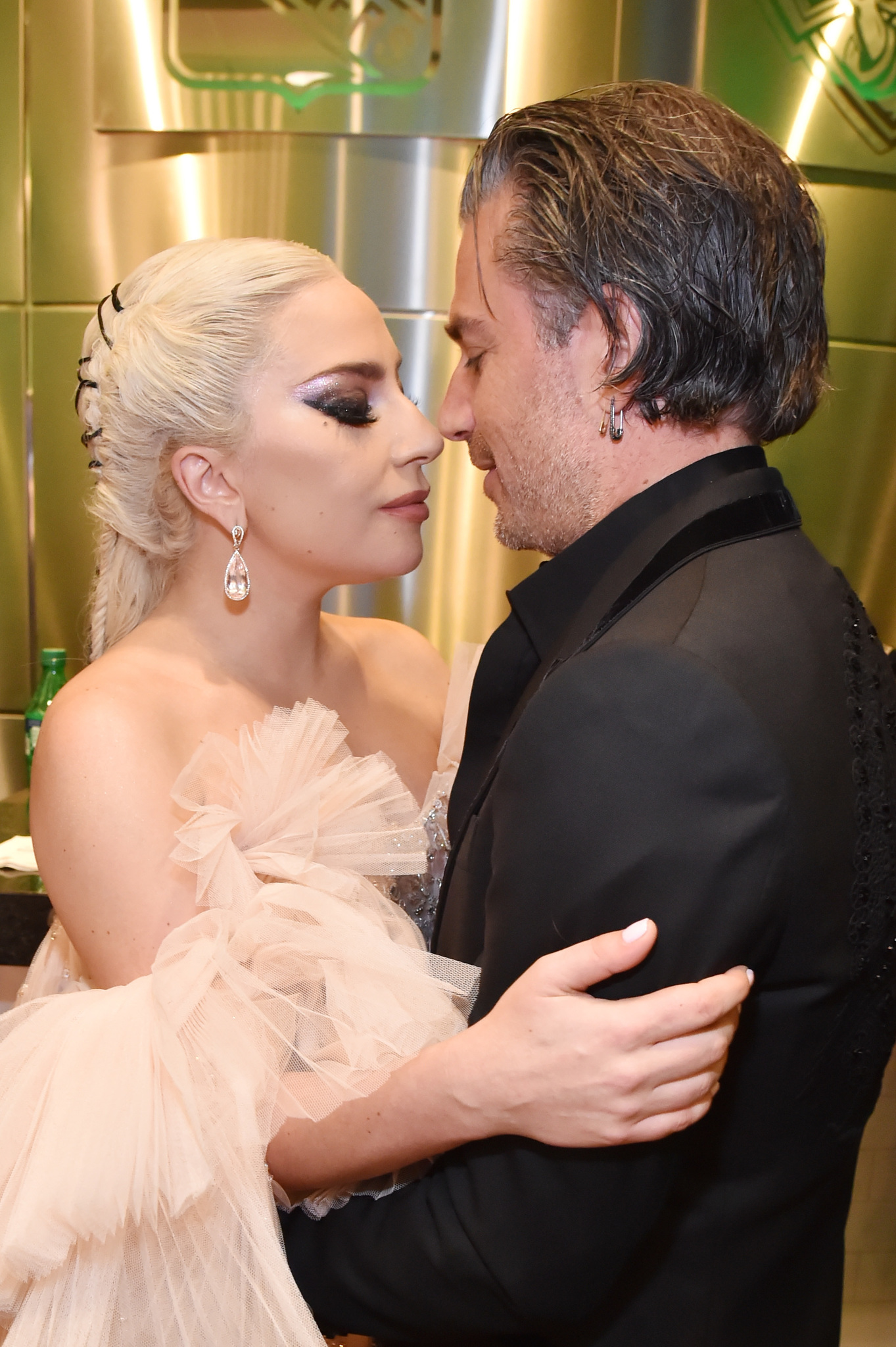 Who is lady gaga dating 2018
