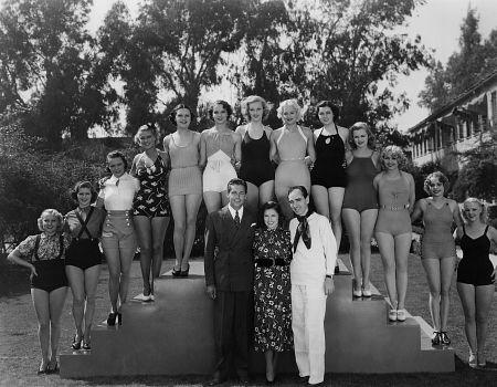 Busby Berkeley, GOLD DIGGERS OF 1937, Waarner Bros., 1937, **I.V.