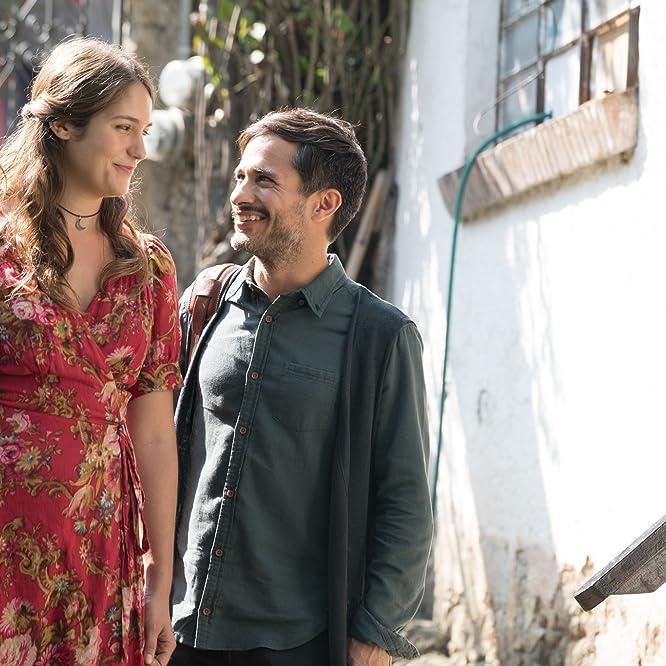 Gael García Bernal and Lola Kirke in Mozart in the Jungle (2014)