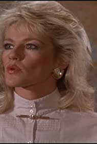 Martha Smith in Scarecrow and Mrs. King (1983)