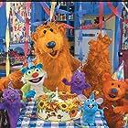 Tyler Bunch, Vicki Eibner, Peter Linz, Noel MacNeal, Mike Himelstein, and Dena Diamond in Bear in the Big Blue House (1997)