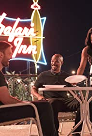 Damon Wayans, Seann William Scott, and Keesha Sharp in Lethal Weapon (2016)