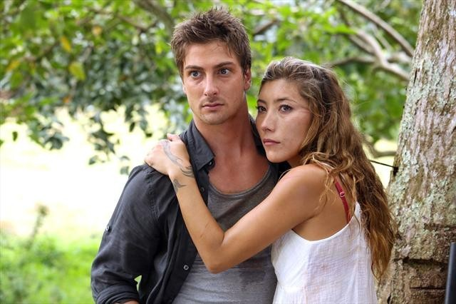 Dichen Lachman and Daniel Lissing in Last Resort (2012)