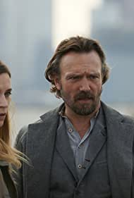 John Pyper-Ferguson and Kathleen Munroe in Alphas (2011)