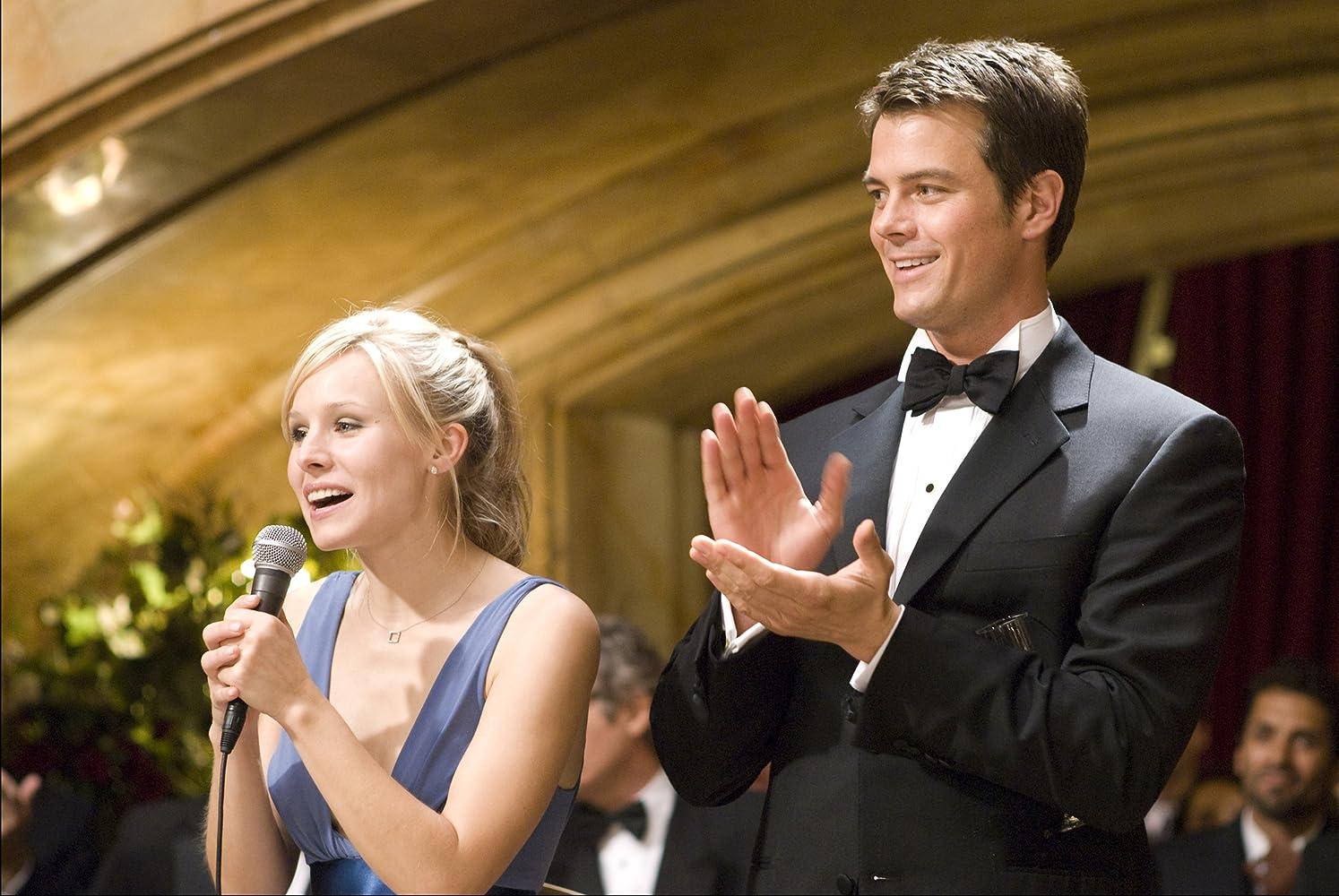 Kristen Bell and Josh Duhamel in When in Rome (2010)