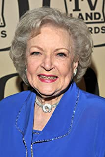 Betty White Picture