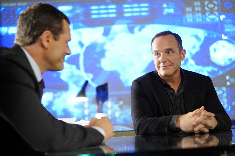 Clark Gregg and Jason O'Mara in Agents of S.H.I.E.L.D. (2013)