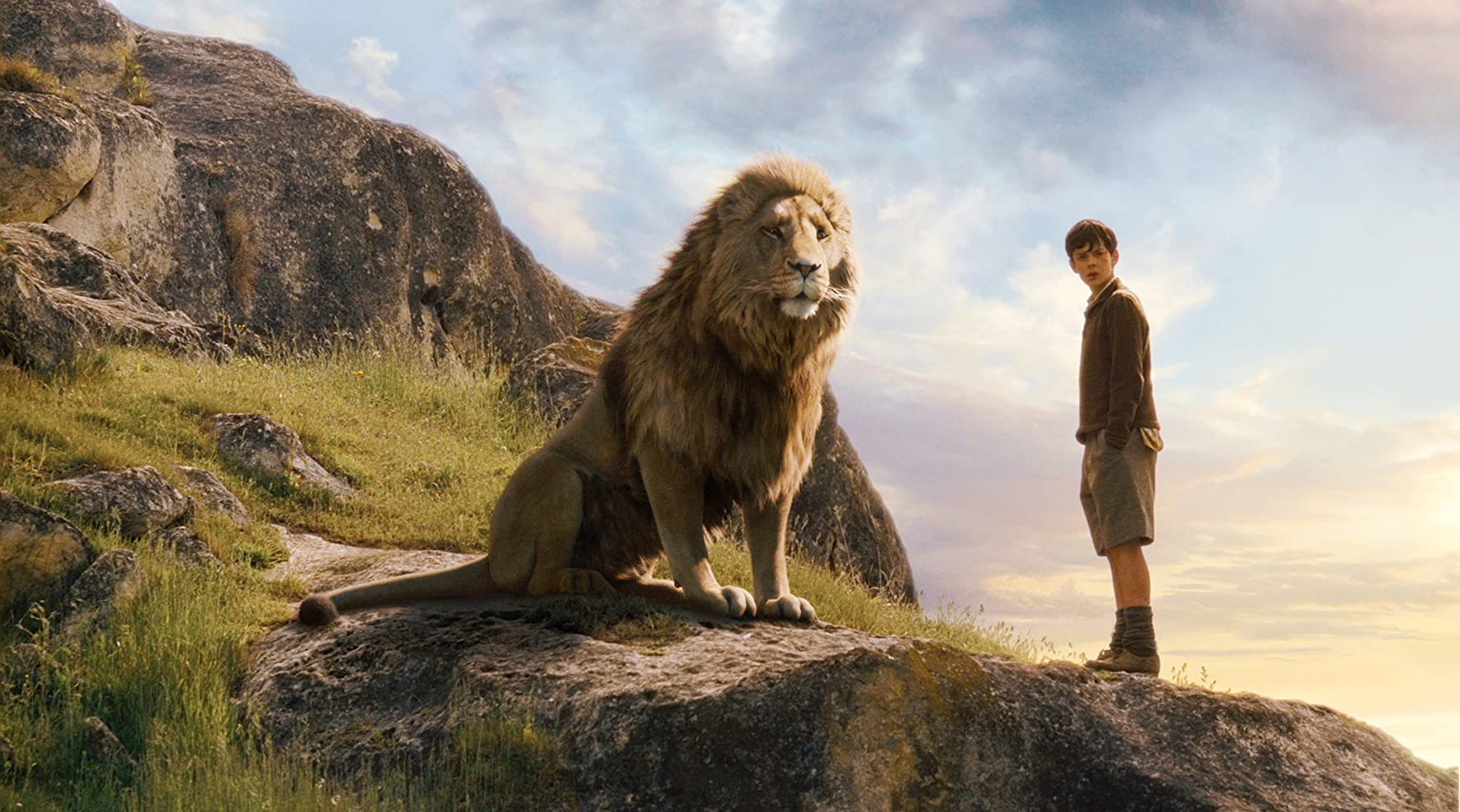 Liam Neeson and Skandar Keynes in The Chronicles of Narnia: The Lion, the Witch and the Wardrobe (2005)