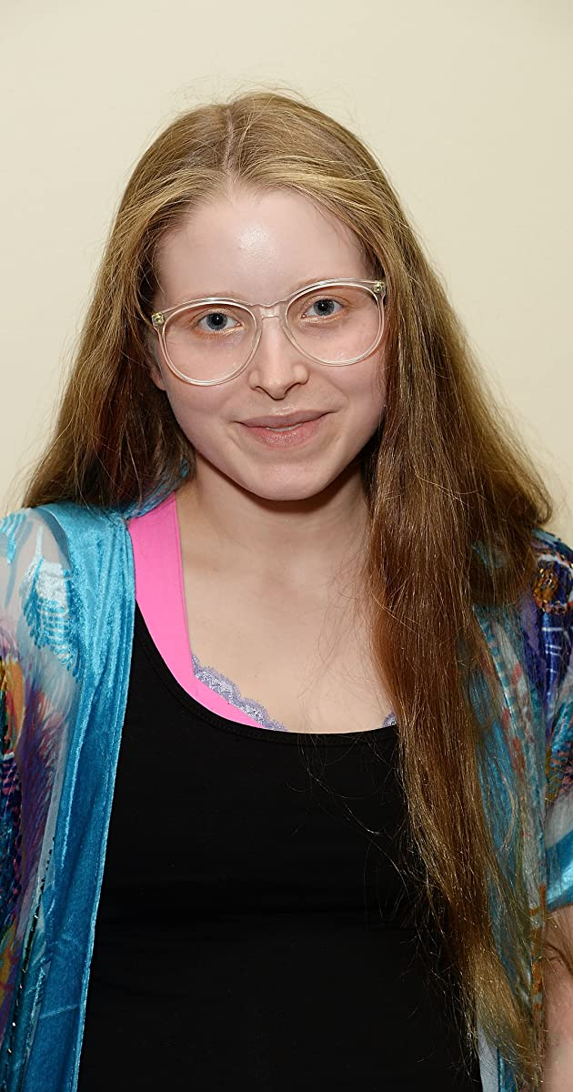 Jessie Cave: From Harry Potter to comedys queen of