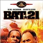 Danny Glover and Gene Hackman in Bat*21 (1988)