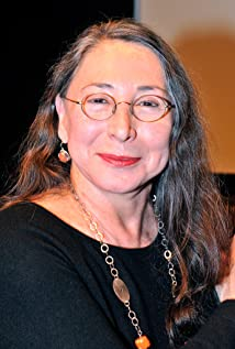 Marilyn Lightstone Picture