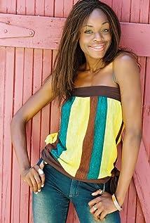 Nzinga Blake Picture