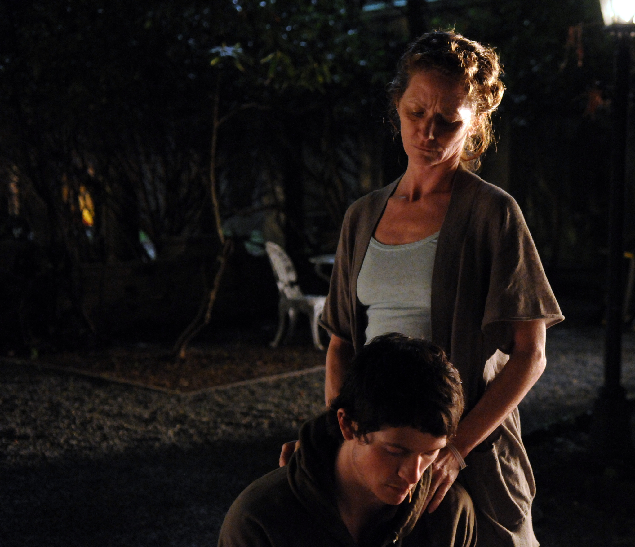 Jonathan Tucker and Melissa Leo in Veronika Decides to Die (2009)