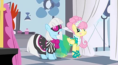 My Little Pony: Friendship Is Magic: Fluttershy The Runway Model