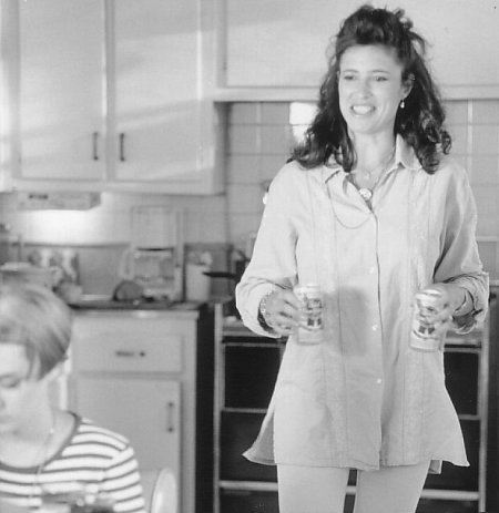 Mimi Rogers and Chloë Sevigny in Trees Lounge (1996)
