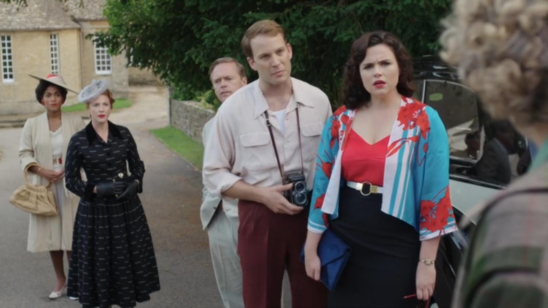 Nick Waring, Ingvild Lakou, Rosalie Craig, Emer Kenny, and Ben Lamb in The Fall of the House of St Gardner (2020)