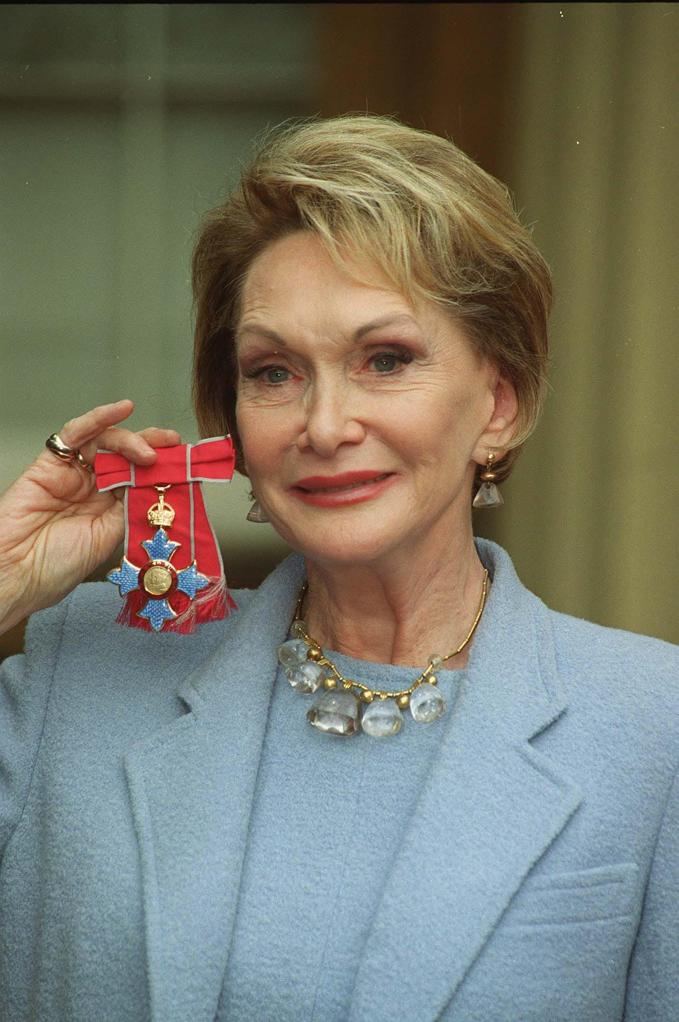 Sian Phillips (born 1933)