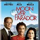Richard Dreyfuss, Raul Julia, and Sônia Braga in Moon Over Parador (1988)