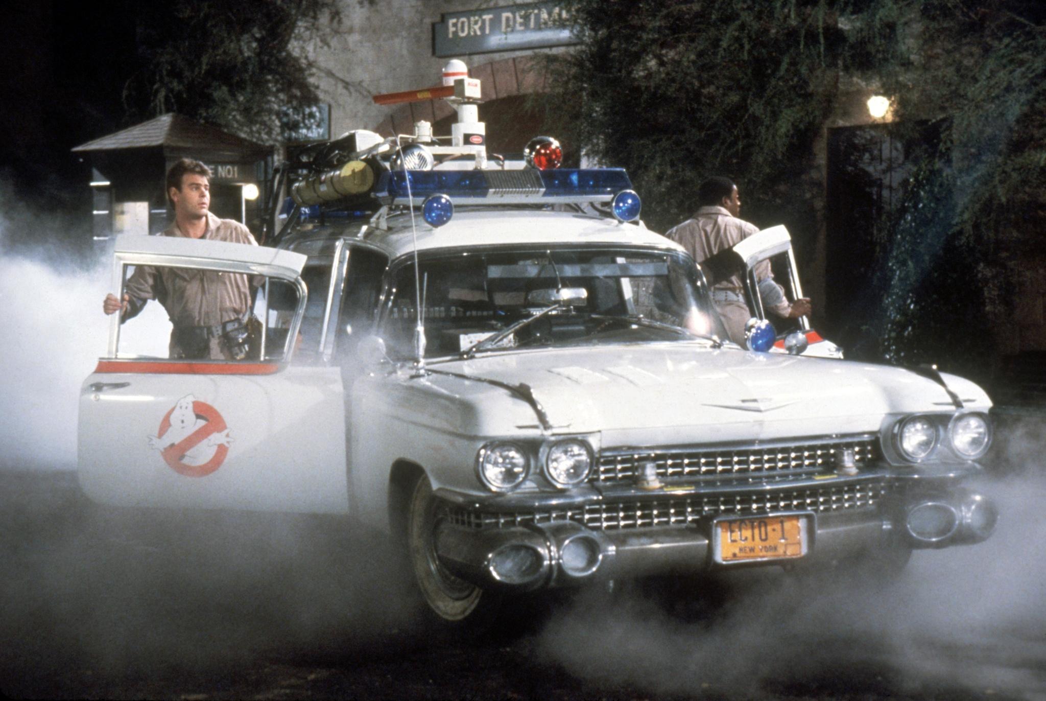 Dan Aykroyd and Ernie Hudson in Ghostbusters (1984)