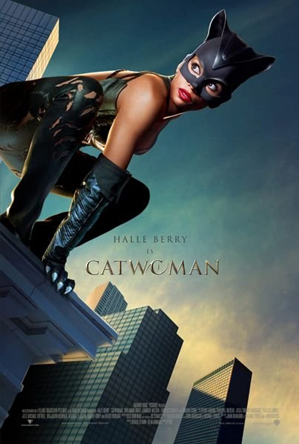 Catwoman 2004 Hindi Dual Audio 380MB BluRay ESubs Download