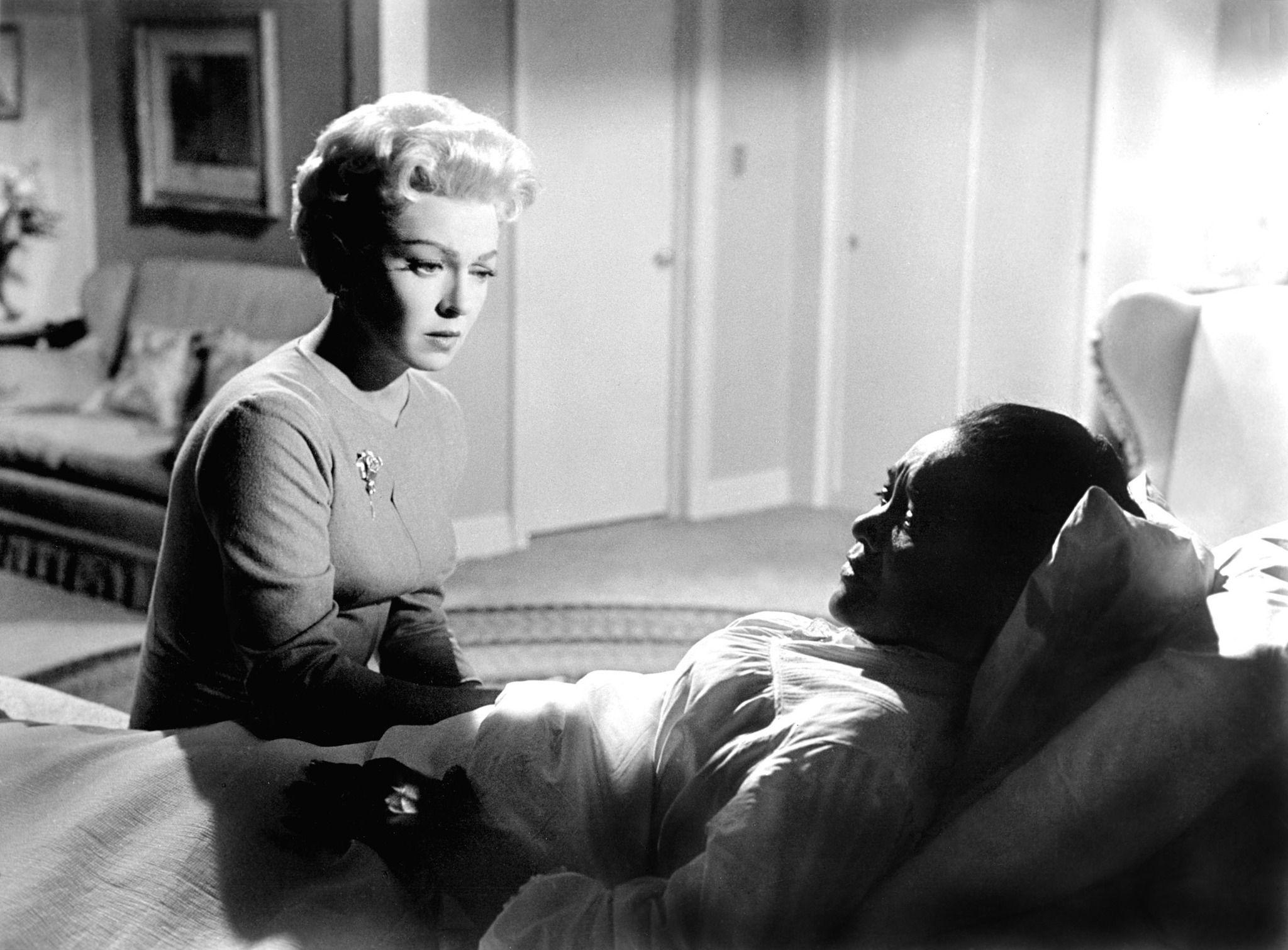 Lana Turner and Juanita Moore in Imitation of Life (1959)
