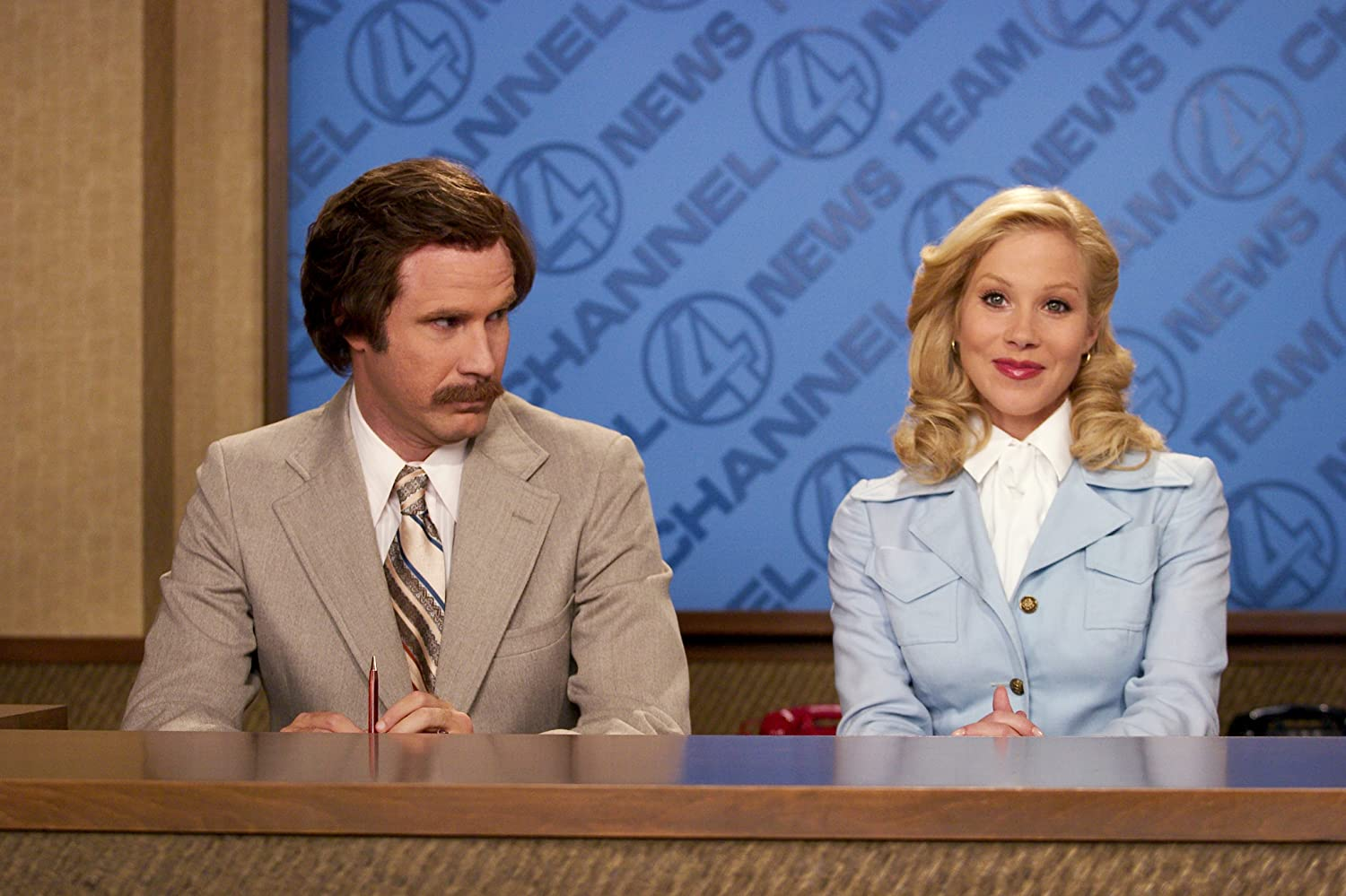 Christina Applegate and Will Ferrell in Anchorman: The Legend of Ron Burgundy (2004)