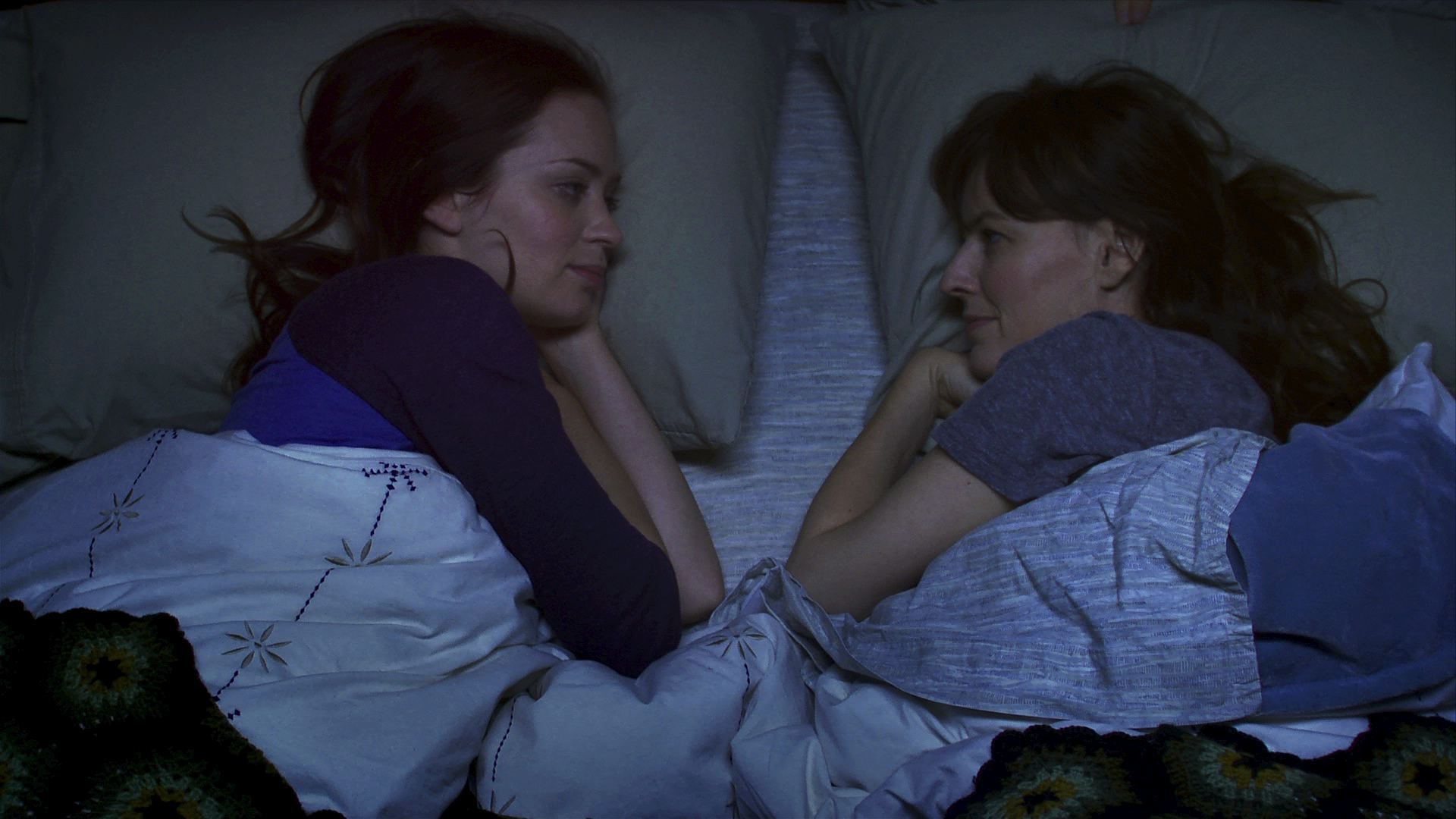 Emily Blunt and Rosemarie DeWitt in Your Sister's Sister (2011)