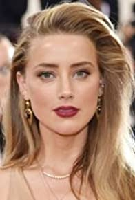 Primary photo for Amber Heard