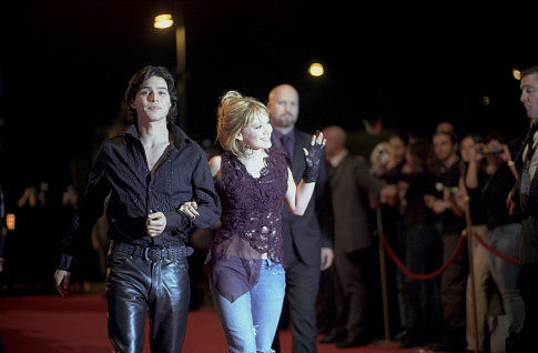 Hilary Duff, Yani Gellman, and Brendan Kelly in The Lizzie McGuire Movie (2003)