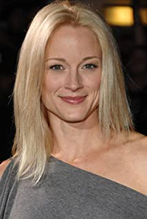 Teri Polo Picture