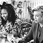 Whoopi Goldberg and Kathleen Turner in Moonlight and Valentino (1995)