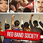 Octavia Spencer, Dave Annable, Charlie Rowe, and Ciara Bravo in Red Band Society (2014)