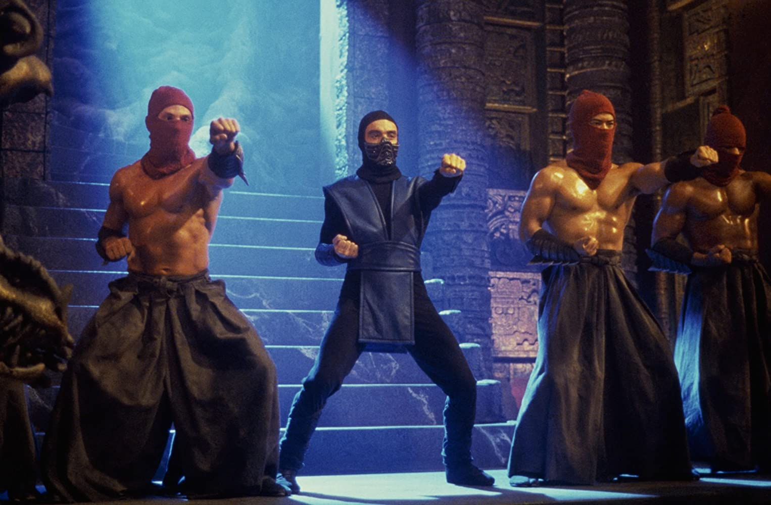 Christopher Lambert and François Petit in Mortal Kombat (1995)