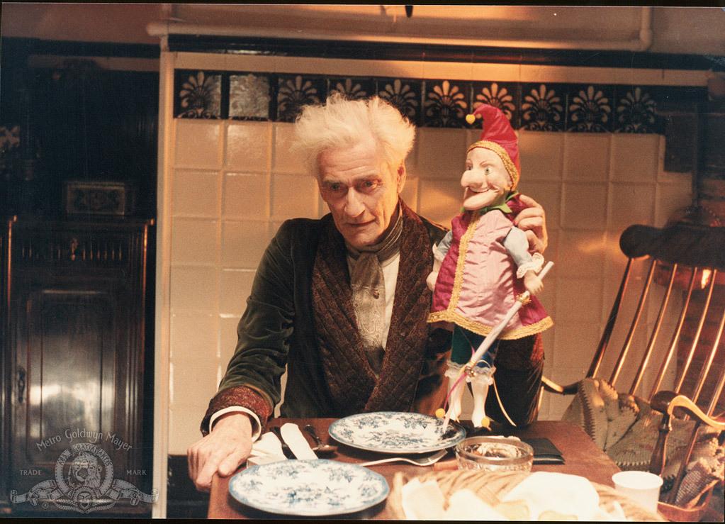 Guy Rolfe in Dolls (1987)