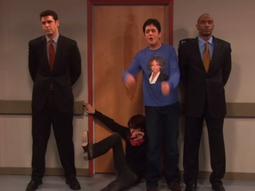 Drake y Josh 4×01 – Josh se topa con Oprah