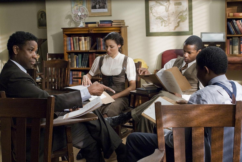 Denzel Washington, Jurnee Smollett, Denzel Whitaker, and Nate Parker in The Great Debaters (2007)