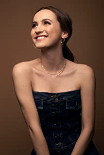 Maude Apatow Picture