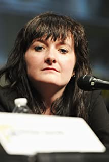 Caroline Skinner Picture
