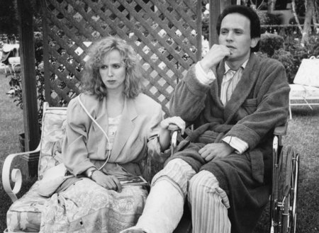 Billy Crystal and Kim Greist in Throw Momma from the Train (1987)