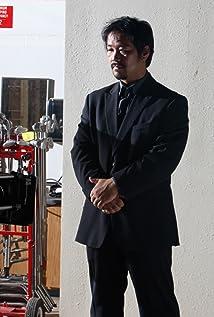 Tsuyoshi Abe Picture