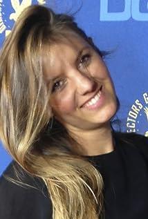 Lauren Hoekstra Picture