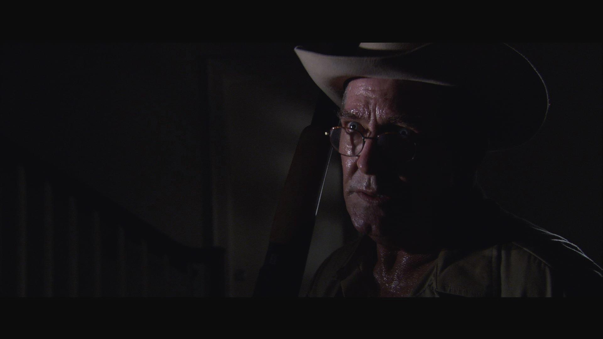 Sheriff Buford Talley(Peter Hooten).