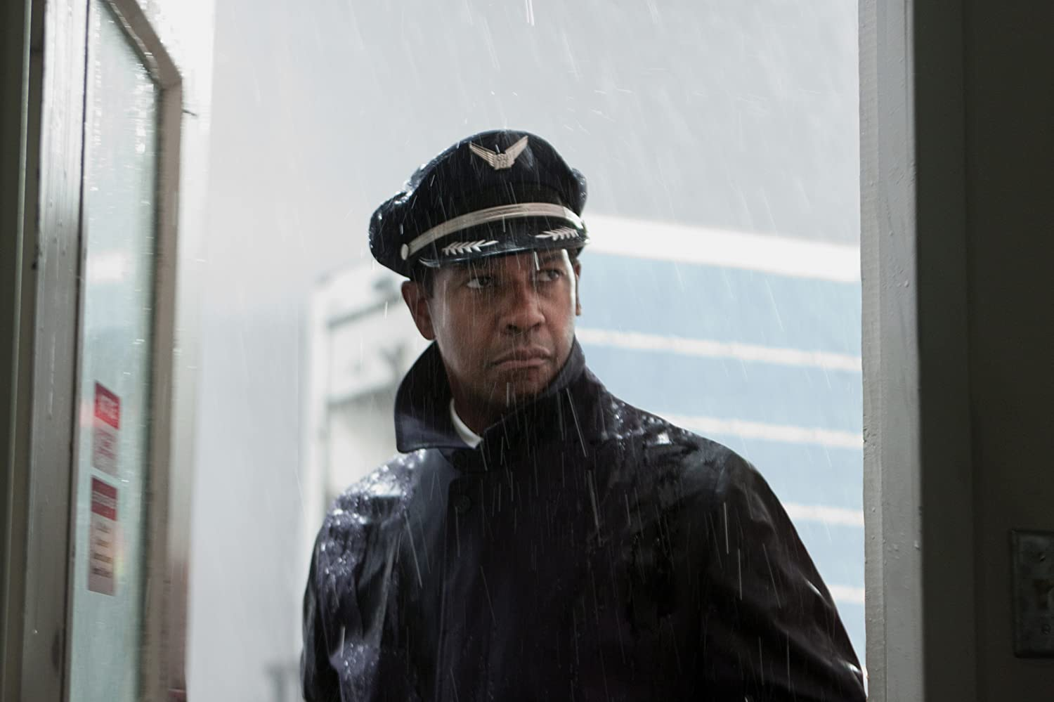 Denzel Washington in Flight (2012)