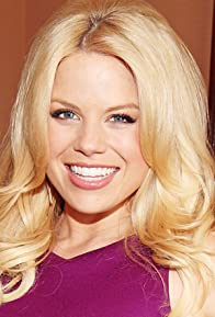 Primary photo for Megan Hilty