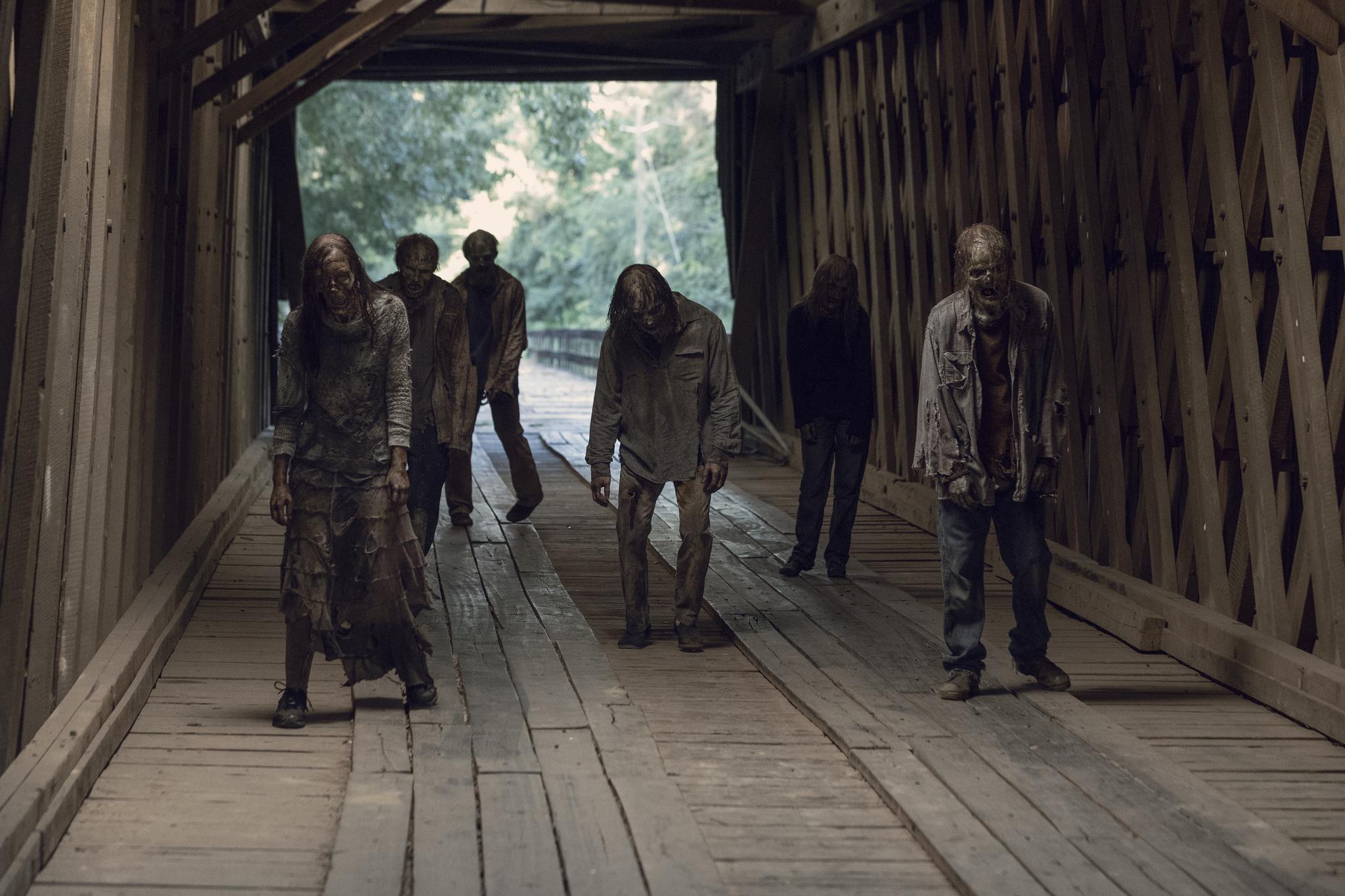 Renee Compton, Kayla Thompson, Summer Skye, Michael A. Thompson, David L. Marston, and Cassady McClincy in The Walking Dead (2010)