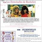 Catherine Deneuve and Françoise Dorléac in Les demoiselles de Rochefort (1967)