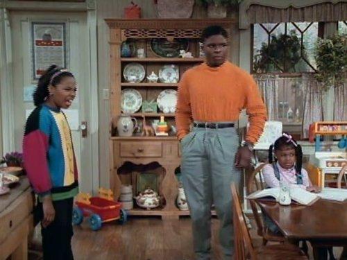 Jaimee Foxworth, Darius McCrary, and Kellie Shanygne Williams in Family Matters (1989)