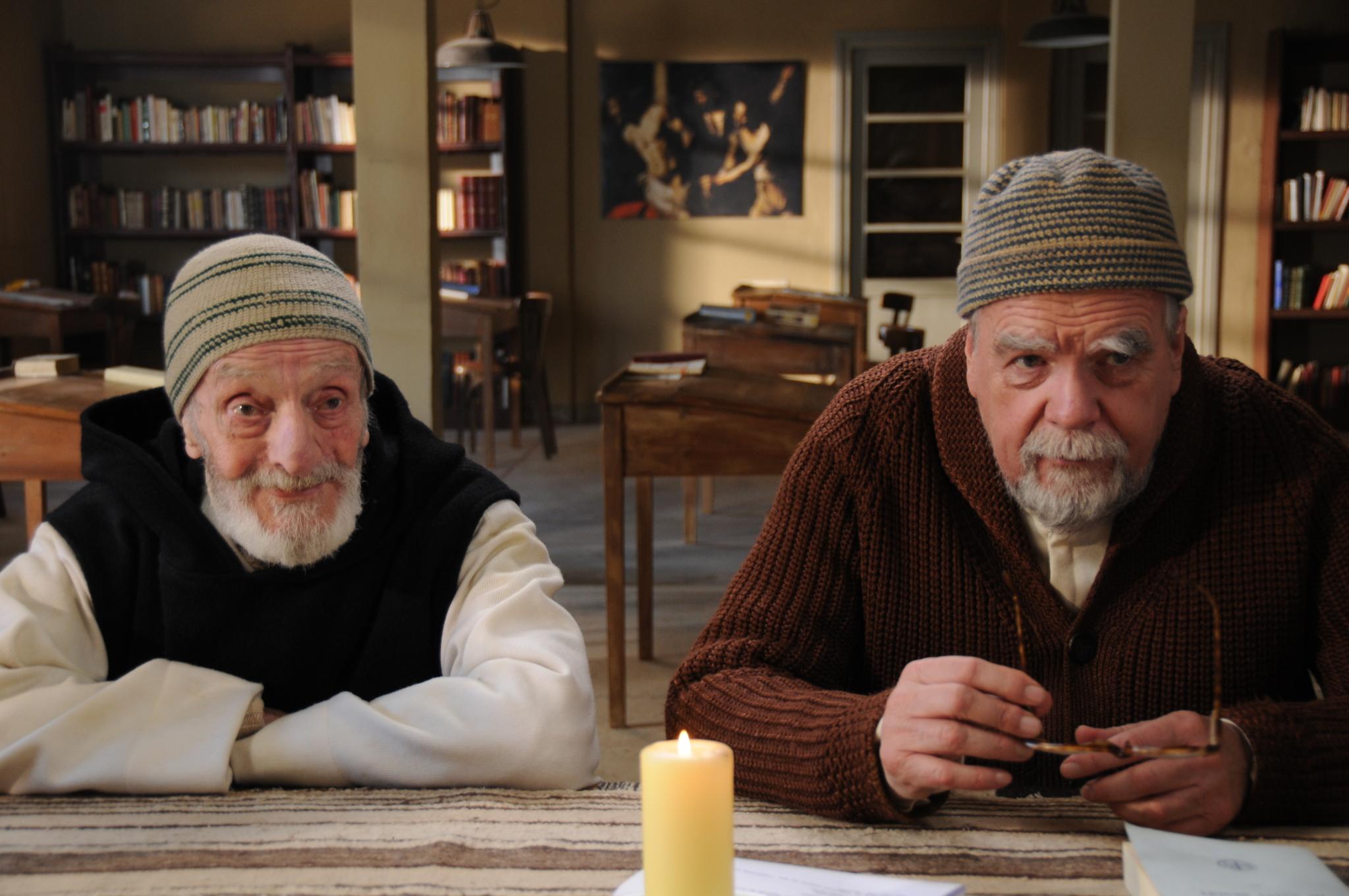 Michael Lonsdale and Jacques Herlin in Des hommes et des dieux (2010)