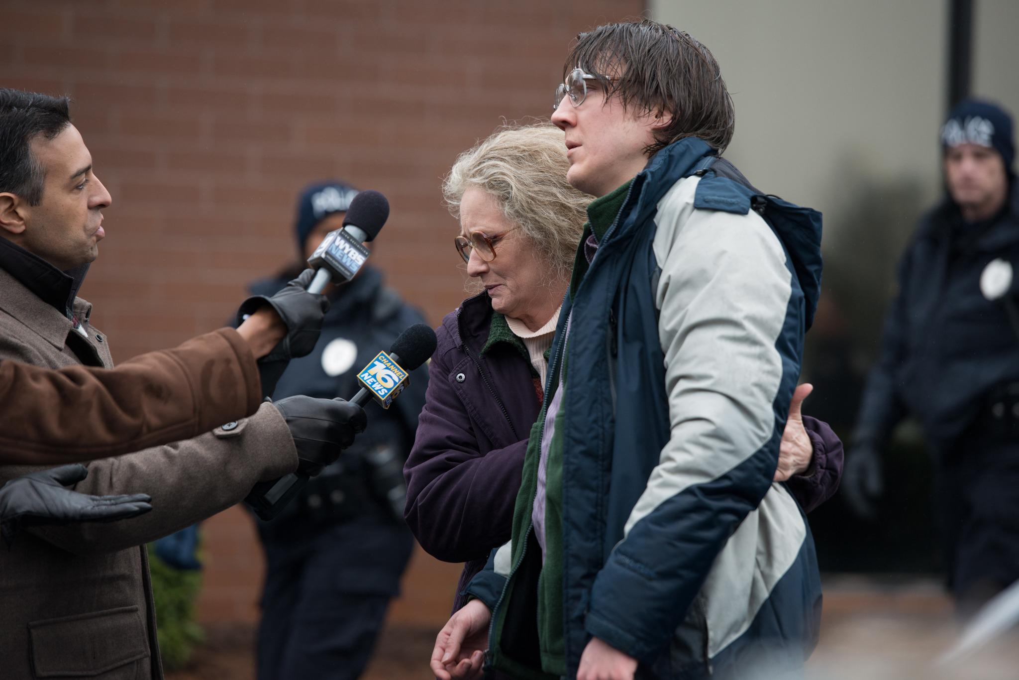 Paul Dano and Melissa Leo in Prisoners (2013)