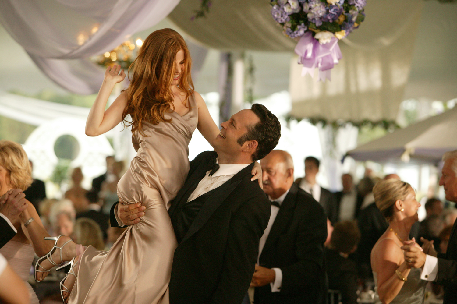 Vince Vaughn and Isla Fisher in Wedding Crashers (2005)